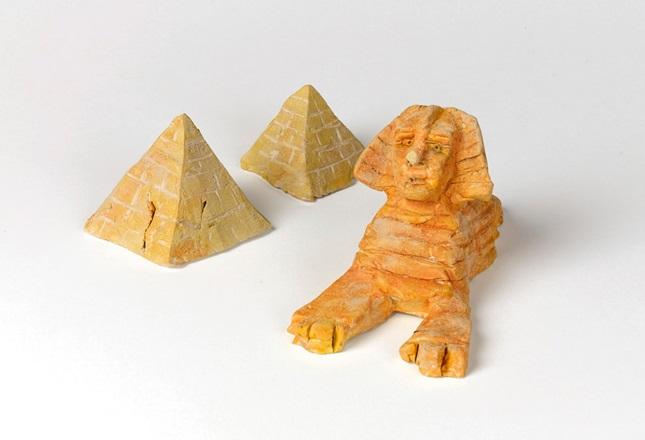 magnificent sphinx pyramid