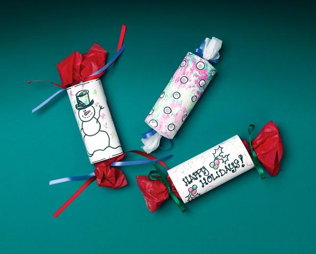 Merry Christmas Crackers Craft Crayola Com