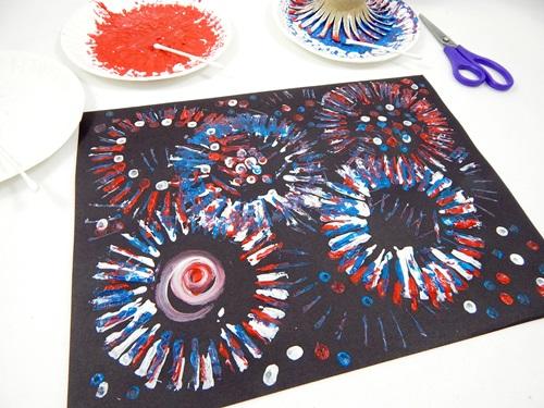 Cardboard Tube Fireworks Craft Crayola Com
