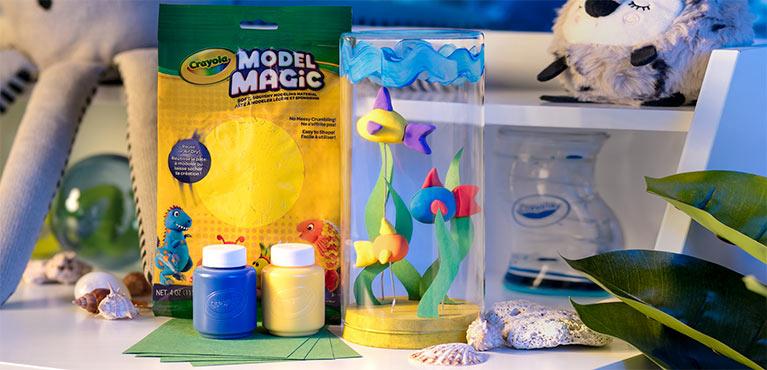 Crayola Seasonal Craft. Model Magic Fishtank